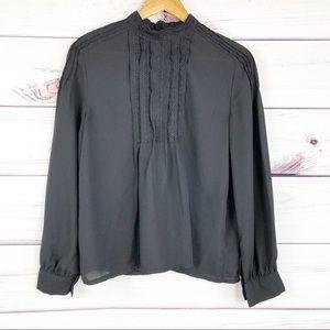T210  Romeo & Juliet black mock neck long sleeve